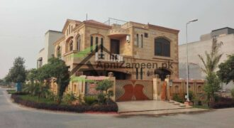 10 Marla Double Story House For Rent Available in Bahria Town Lahore Punjab Pakistan