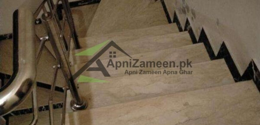 10 Marla House For Rent Available in Valencia Lahore Near to Park Facing